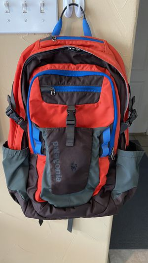 Patagonia Fuego 32L Backpack w/ Laptop Compartment (+ Shoulder and Hip Straps) for Sale in Carrollton, TX
