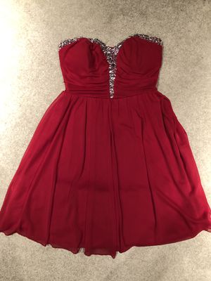Red homecoming/prom dress size 5 for Sale in Martinsburg, WV