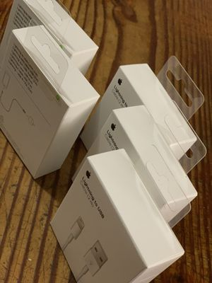 5 pcs Original Apple iPhone Lightningh Charger USB Cable 2m/6ft great for Sale in Los Angeles, CA
