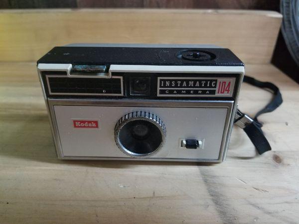 1965 Kodak Instamatic 104 Camera