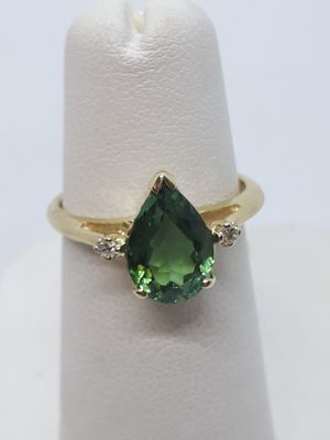 14k yellow gold green quartz and diamond ring 2.6 grams size 5 for Sale in Port St. Lucie, FL
