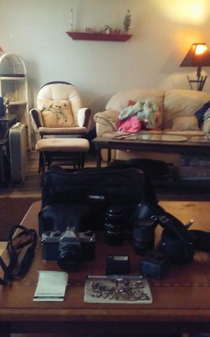Camera vintage 35mm pentax with lenses flash leather bag and more for Sale in Tarpon Springs, FL
