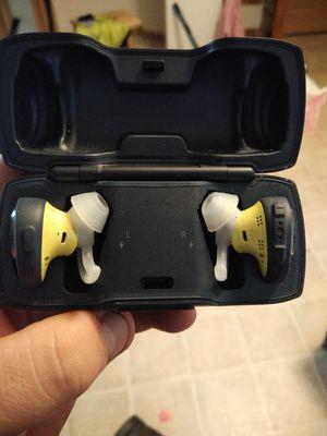 Bose wireless headphones for Sale in Saint Paul Park, MN