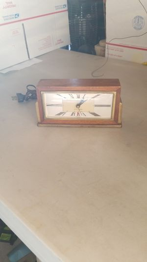 1947 electric Seth Thomas clock for Sale in Hesperia, CA