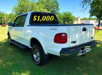 🟢💲1,OOO I m selling URGENTLY this Beautiful💚2OO2 Ford F15O nice Family truck XLT Super Crew Cab 4-Door Runs and drives very smoothly💪🟢 for Sale in Dallas,  TX