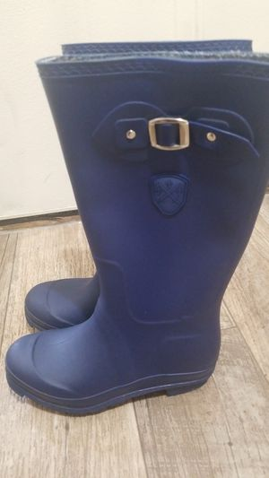 Raining boots for Sale in Wilsonville, OR
