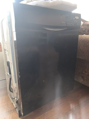 Whirlpool dishwasher for Sale in Philadelphia, PA