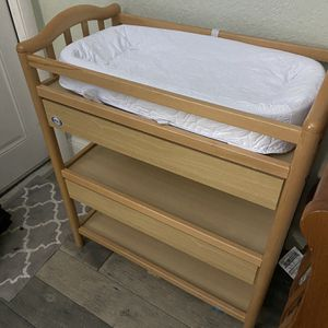 Small Changing Table for Sale in Fort Lauderdale, FL