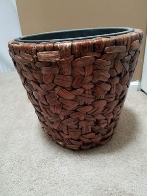 Woven planter for Sale in Cuyahoga Falls, OH