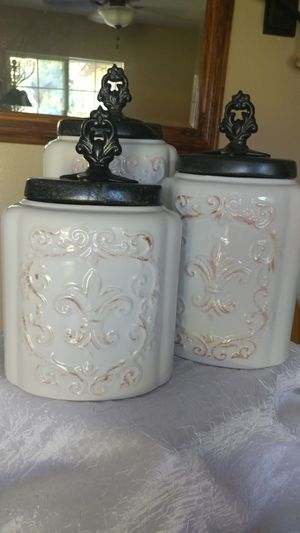 Set of 3 storage containers for Sale in Garden Grove, CA