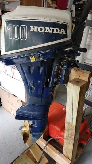 10hp Honda short shaft runs for Sale in Minneapolis, MN