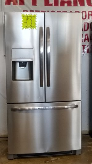 REFRIGERADOR FRIGIDAIRE STAINLESS FRENCH DOOR. for Sale in Grand Prairie, TX