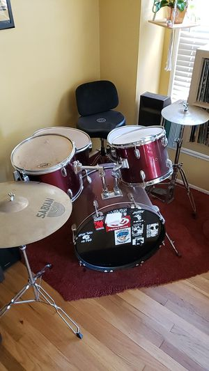 Remo drum set ,Sabian cymbals $360. Seat is separate $100 for Sale in Long Beach, CA