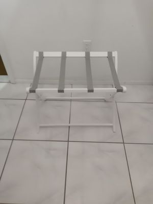 Luggage stand for Sale in Bradenton, FL