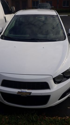 Chevy sonic for Sale in Miami, FL
