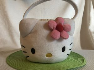 Hello Kitty Oversized Plush Tote Bag Hand Purse - White w/ Pink Flower for Sale in Dacula, GA