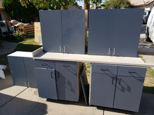 5 pc cabinet set with counter. for Sale in Phoenix, AZ