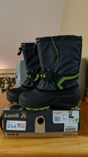 Kids Kamik Snow Boots -Size 2 for Sale in Palos Hills, IL