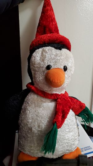 Penguin plushy for Sale in New Brunswick, NJ