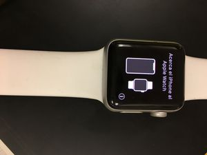 Apple Watch Series 3 38 MM for Sale in Houston, TX