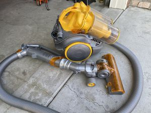 DYSON DC11 CANISTER VACUUM NEAR NEW!! for Sale in Palmdale, CA