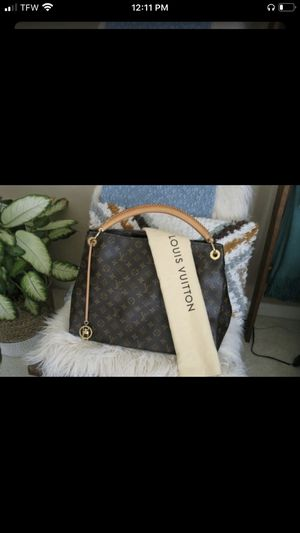 Louis Vuitton Purse bag for Sale in Woodbridge, VA
