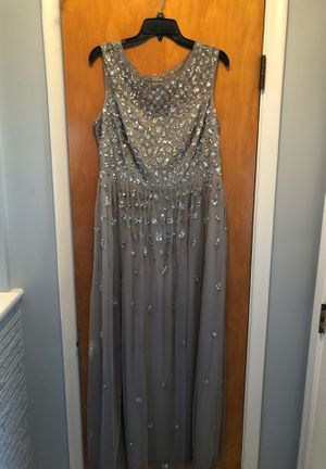 Adrianna Papell Full Length Dress for Sale in Eastpointe, MI