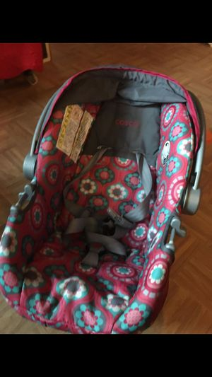 cosco baby Carrier for Sale in Silver Spring, MD