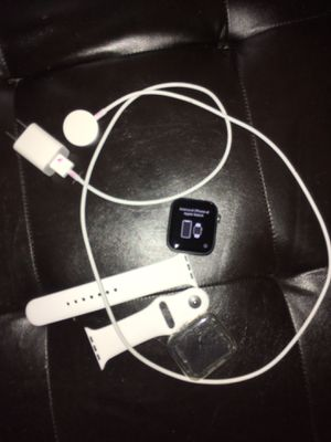 Apple Watch serie 4 gps cellular for Sale in York, PA