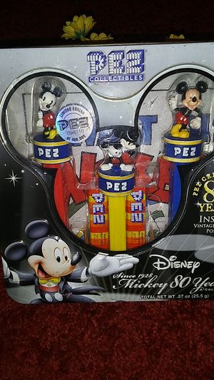PEZ LIMITED EDITION COLLECTIBLES ..NOVEMBER 1985 for Sale in St. Louis, MO