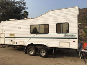 1998 Road House Toy Hauler for Sale in El Cajon, CA