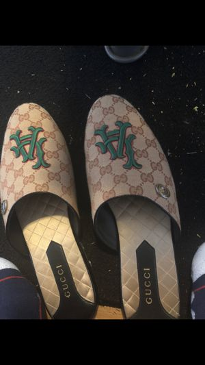 Men's gucci loafer for Sale in Austin, TX