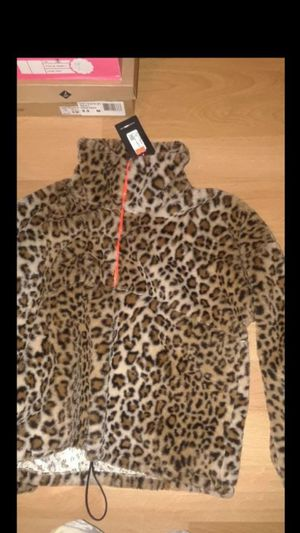New fashion nova cheetah jacket size medium $18 for Sale in Compton, CA