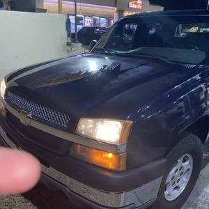 Chevy Avalanche 2004 for Sale in San Diego, CA