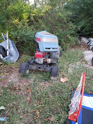 Old ride on lawnmower for Sale in UPPR MARLBORO, MD