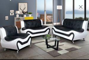 Black & white sofa chair & loveseat💕 for Sale in Auburn, WA