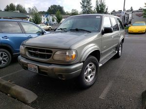 1999 Ford Explorer Eddie Bauer for Sale in Tacoma, WA