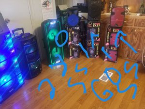 Speakers bluetooth for Sale in Odessa, TX