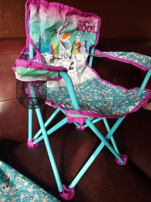 Frozen- Olaf beach chair with matching carrying sleeve for Sale in Homestead, FL