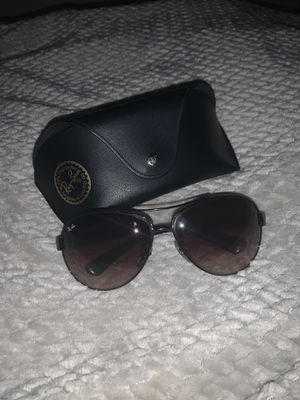 Women's Ray-Bans aviator sunglasses for Sale in Frisco, TX