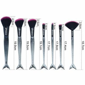 7 pcs mermaid tail red and black pro brush set for Sale in Los Angeles, CA