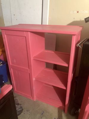 Solid Wood Dresser w/Bookshelves for Sale in Las Vegas, NV