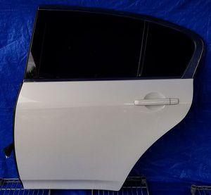 2009-2015 INFINITI G37 Q40 SEDAN REAR LEFT DRIVER SIDE DOOR for Sale in Fort Lauderdale, FL