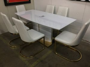Very fancy dining room table with 6 chairs for Sale in Dallas, TX