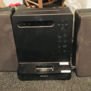 Sony Radio Cd Player And Connects To Phone for Sale in Hanford, CA