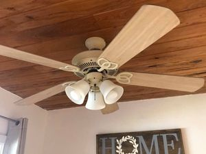 Ceiling fan for Sale in Hollywood, FL