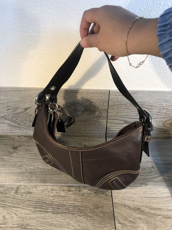 COACH SMALL HOBO LEATHER BAG
