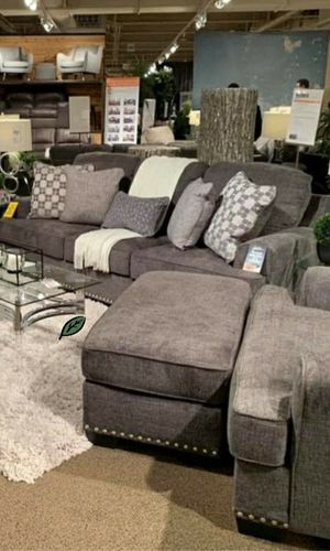 Free Delivery 🐋  BEST Deal 🐋 Locklin Carbon Living Room Set 171 for Sale in Houston, TX