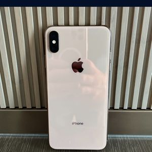 IPhone XS Max 256GB Unlocked for Sale in Orlando, FL