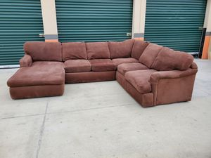 Three piece sectional couch delivery available for Sale in Norwalk, CA